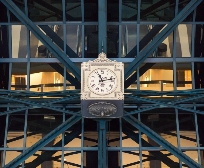 Elgin Time at the Chicago Ogilvie Transportation Center